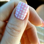 Thumb polka dot nail art