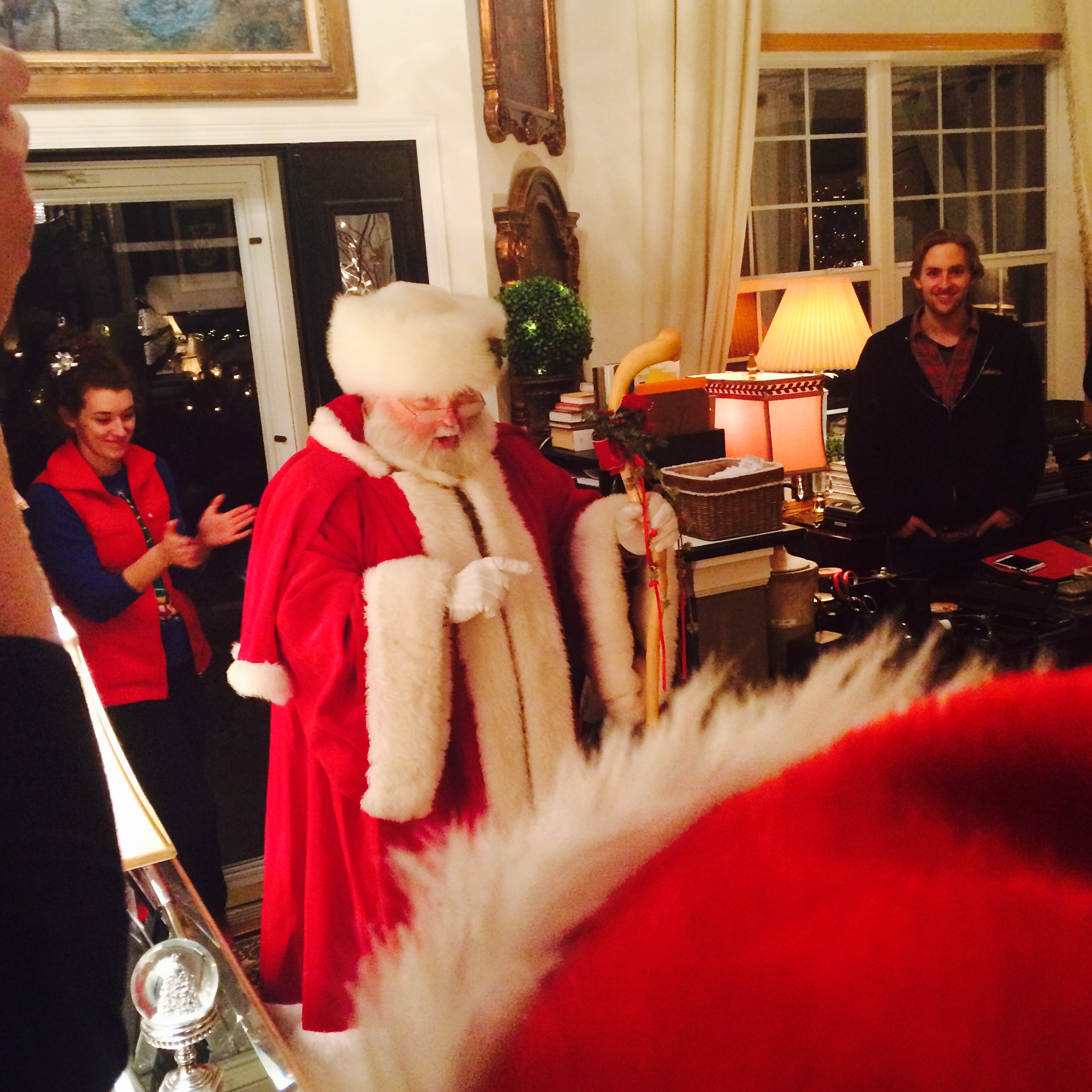 Santa arrives 6ftmama blog