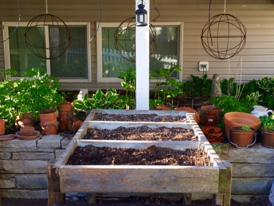 Gardening Resources on Craigslist Francy's Elevated Planter Bed from Craigslist 6ftmama blog