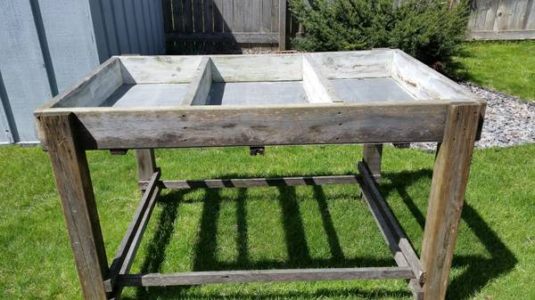 Raised Bed Planter from Craigslist $25 6ftmama blog