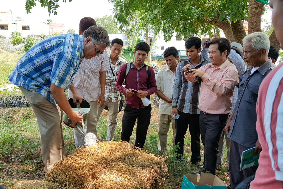 Joel Karsten Helps Farmers in Cambodia and How Straw Bale Gardens Solves the Toughest Growing Challenges